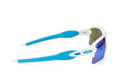 Oakley- Flak 2.0 Matte White w/ Sapphire Irid